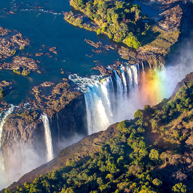 Victoria-Falls-places-to-visit-in-Zambia-Africa